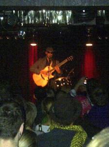 "Raul Midón im ""Nachtleben"" in Frankfurt 12.03.2012"