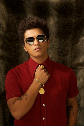 "Bruno Mars brandneue Single ""Locked Out Of Heaven"" wurde am 3. Oktober veröffentlicht / Neues Studio-Album ""Unorthodox Jukebox"" erscheint am 7. Dezember"
