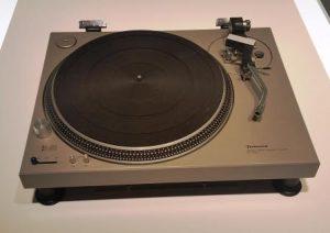 Technics Plattenspieler Klassiker 1970er (Foto: rap2soul)